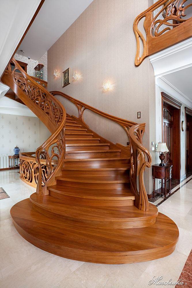 Лестница в стиле арт-нуво
